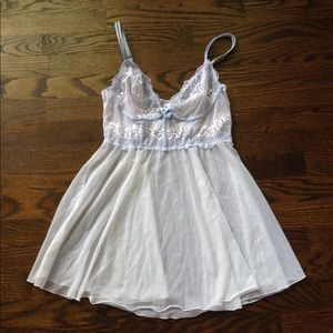 DKNY Lingerie White and Blue Nightie, Small
